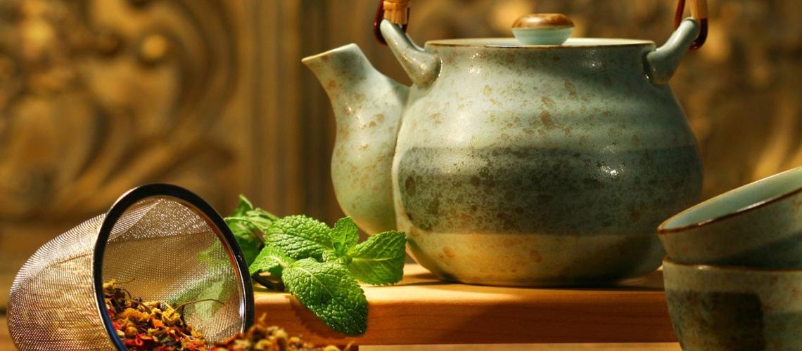 Vajilla y menaje de hostelería para el té.